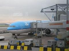 Ons vliegtuig staat klaar